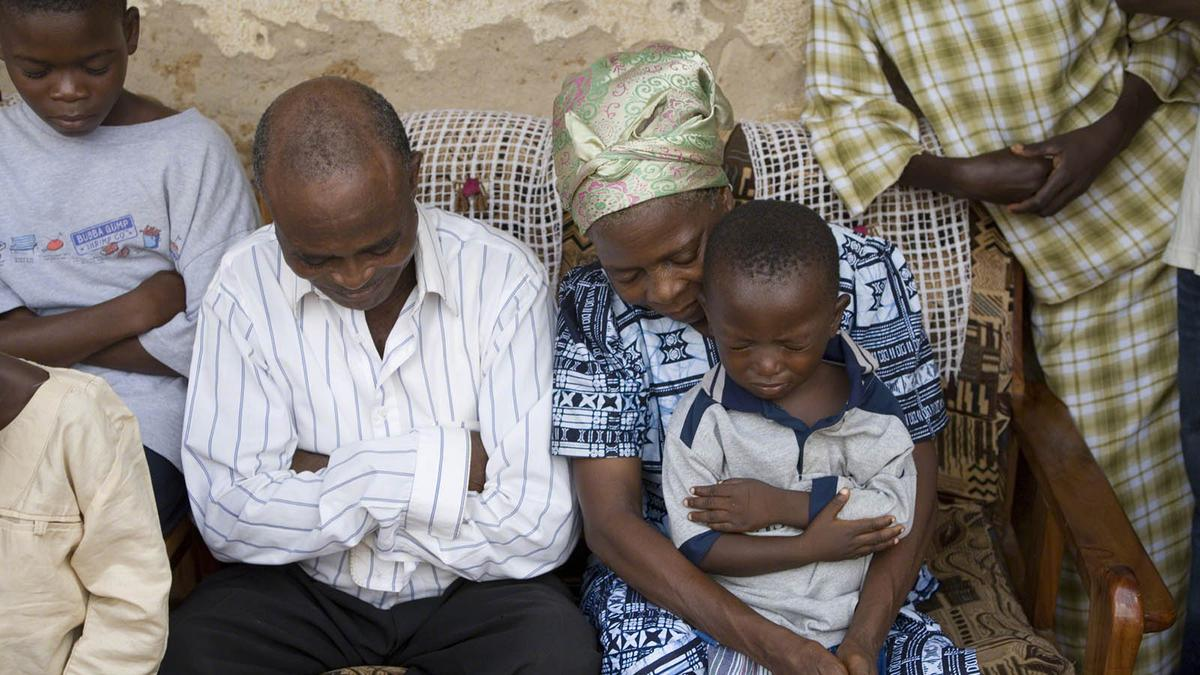 African Family Praying