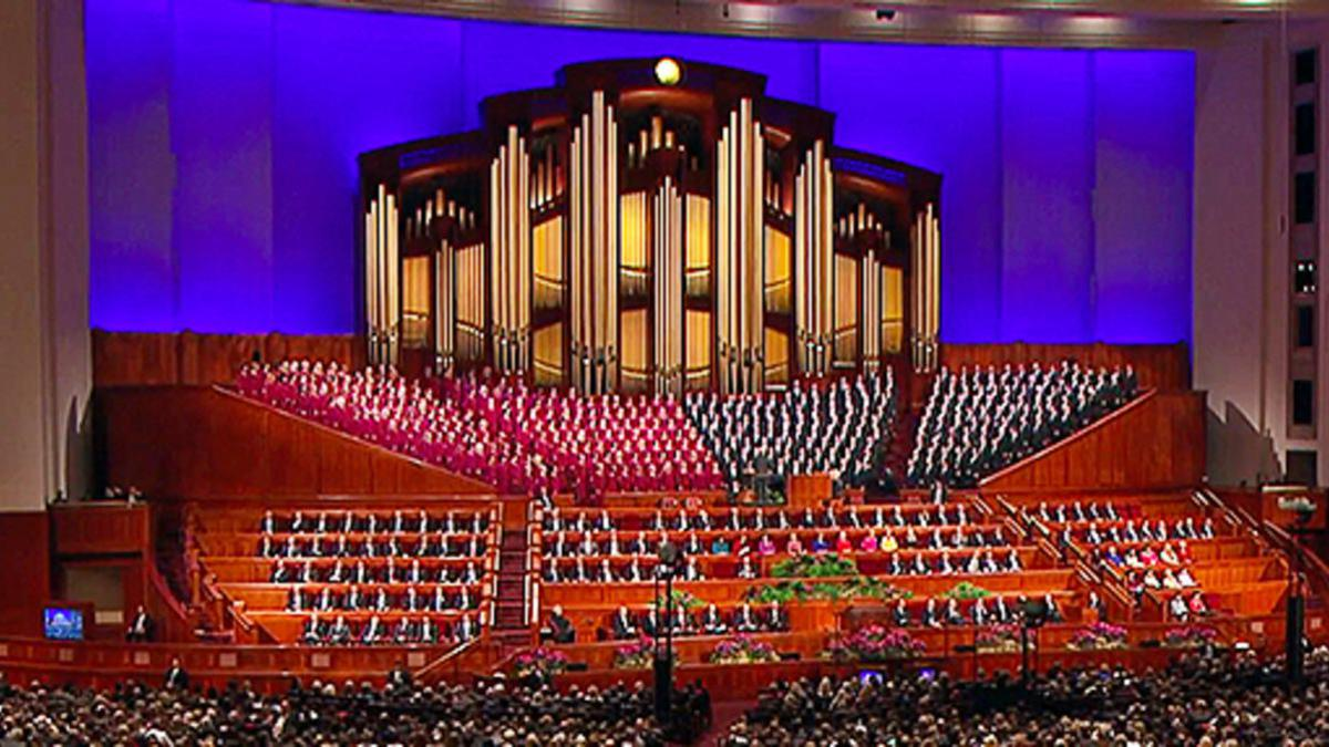 image of Tabernacle Choir at General Conference