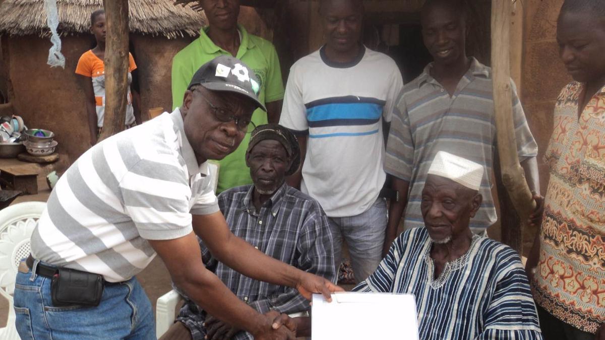 image of man receiving certificate