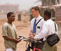 Missionaries tracting in Africa
