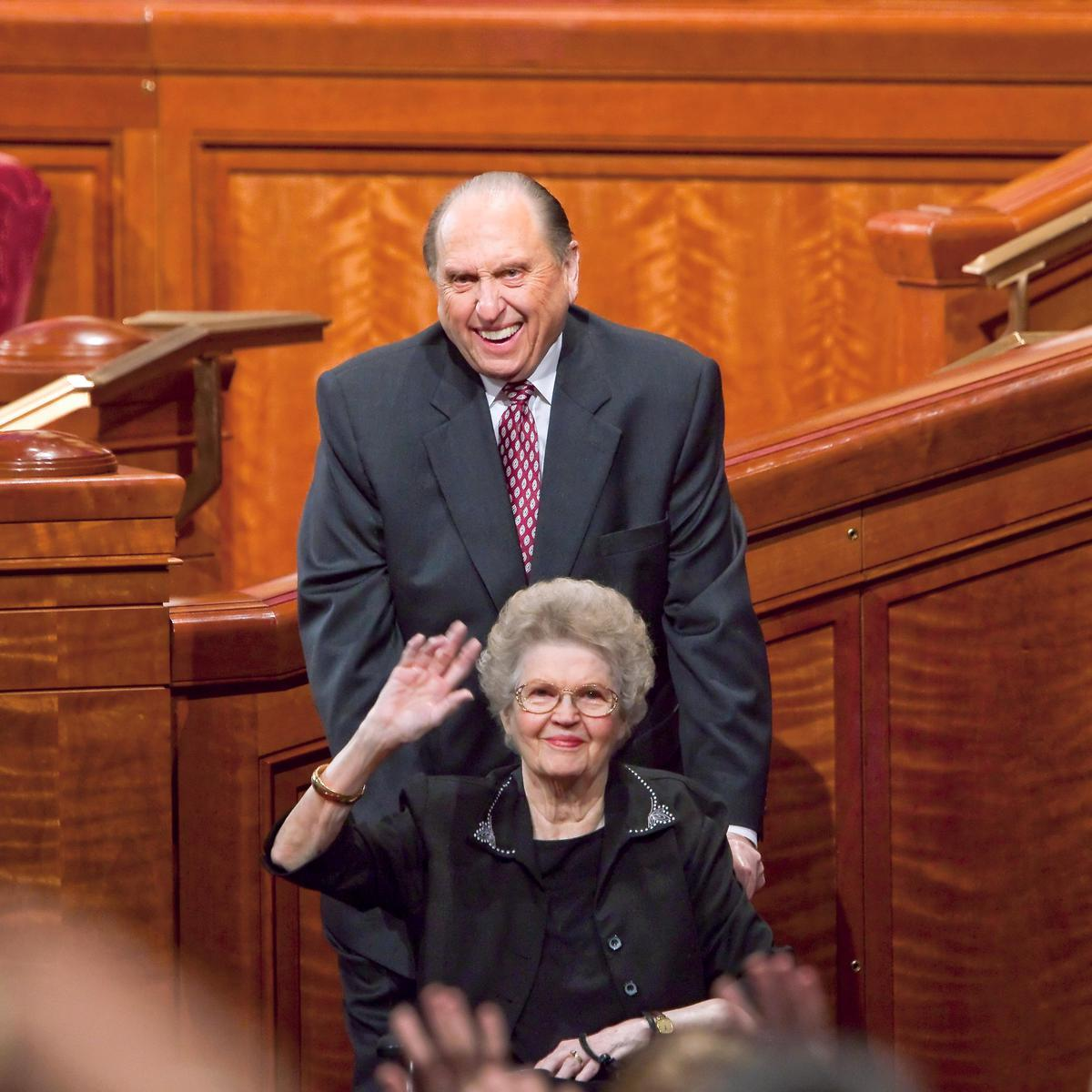 president-monson-with-wife-wheelchair