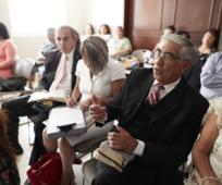 L'Eglise annonce un nouvel équilibre entre l'enseignement de l'Evangile à la maison et à l'église