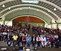 Jóvenes Adultos Solteros llevan a cabo un campamento