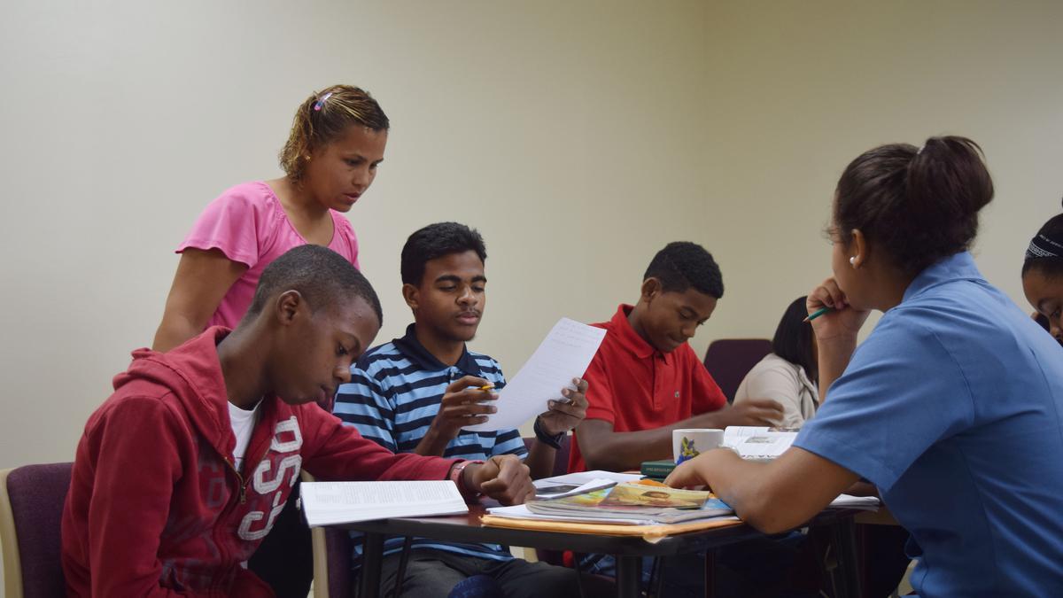 Jovenes en seminario