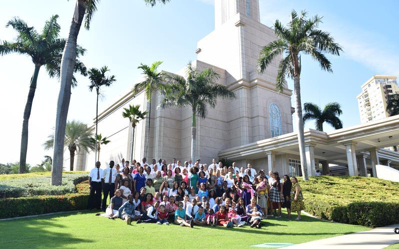 Miembros en el Templo
