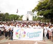 Más de 2,300 jóvenes participan en Caminata por la Virtud