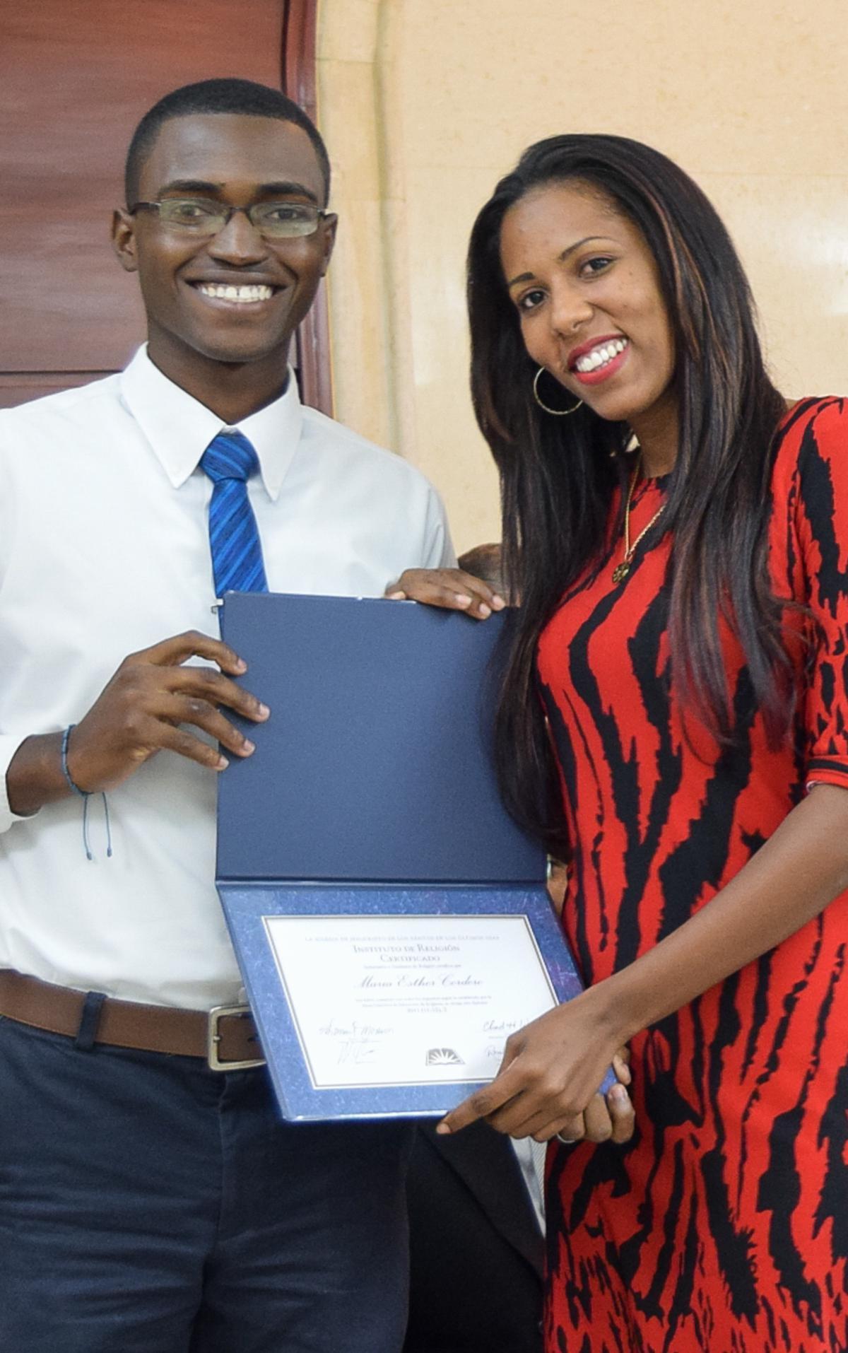 Graduación de Instituto Consejo de Coordinación Este 4