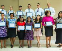 Graduación de Instituto en los distritos de la Misión Oeste, República Dominicana