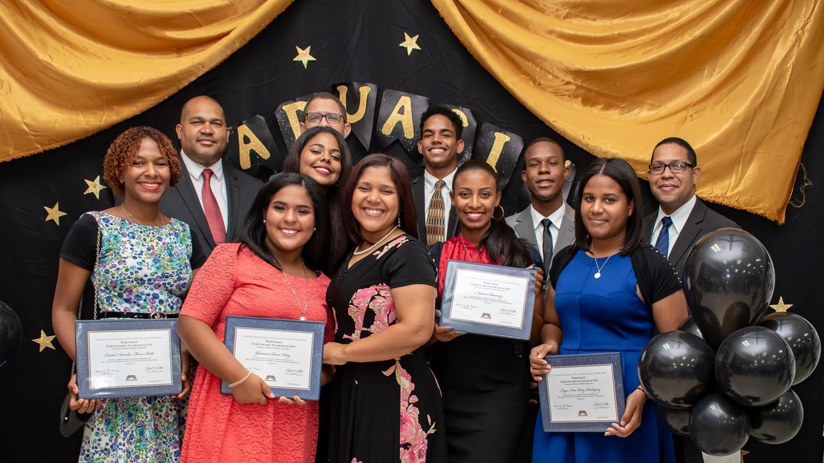 /acp/bc/Caribe Area/Caribe Area/Jovenes/Graduación Estaca Oriental/Otravez.jpg