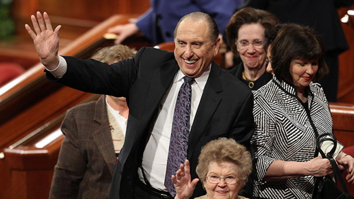 President Thomas S. Monson and his wife, Frances, wave to the crowd after the 181st Annual General Conference on Sunday, April 3, 2011, in Salt Lake City, Utah. Photo by Tom Smart, Deseret News.