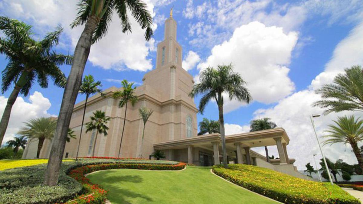 17th ANNIVERSARY - Santo Domingo Temple
