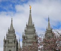 El profeta anuncia ocho nuevos templos, incluso dos en América Latina