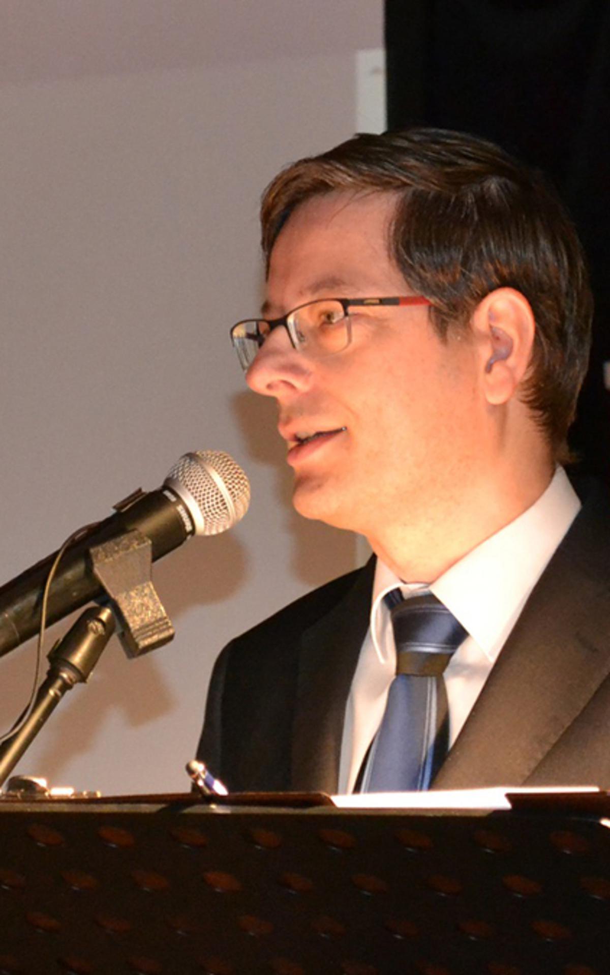Návštěvníky konference přivítal ředitel SOA v Zámrsku Mgr. Ivo Šulc.