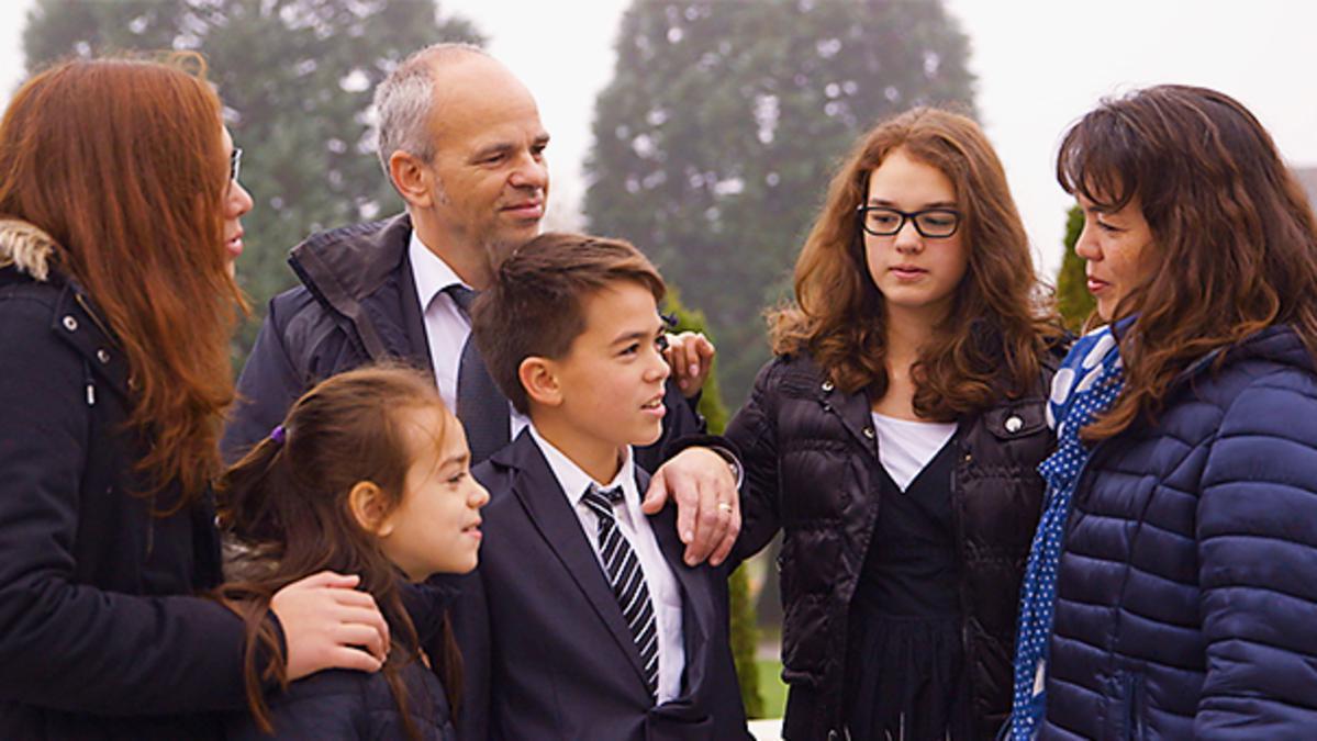 Укреплять семьи