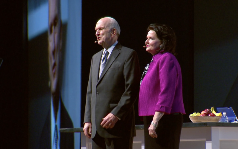 Elder Russell M. Nelson and Sister Wendy Nelson