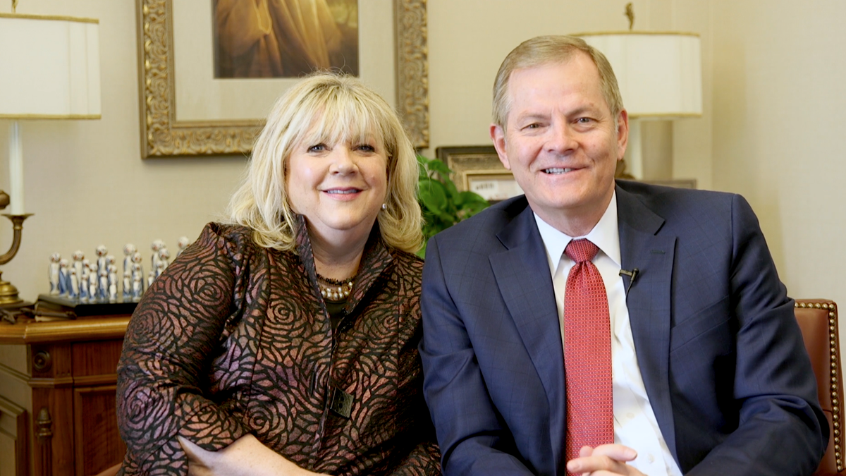 Elder Gary E. Stevenson and his wife, Lesa