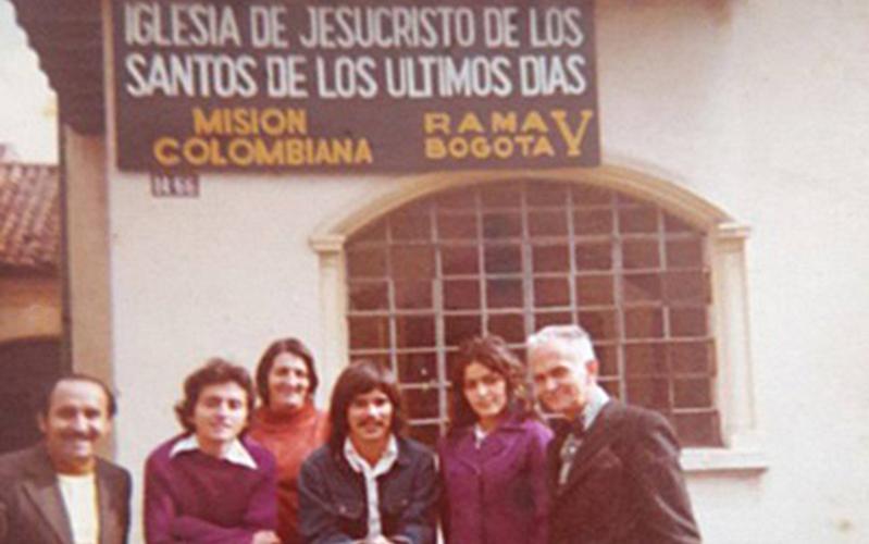pioneros colombia