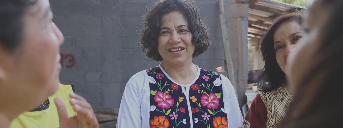 la Hermana Reyna Aburto de la Presidencia de la Sociedad General de Socorro compartiré algunos de los desafíos que ha enfrentado y da una idea de cómo encontrar esperanza a todos los que están luchando.