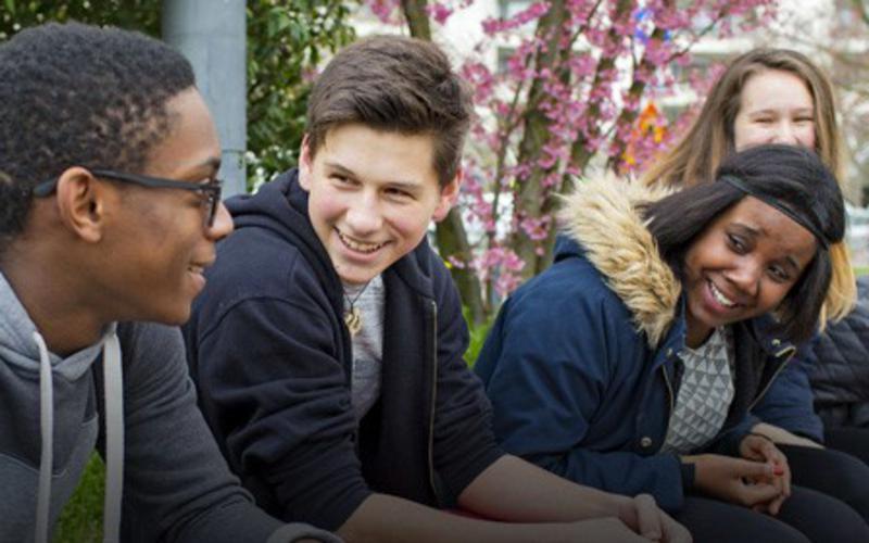 Iglesia Anuncia Plan para Iniciativa Mundial para Niños y Jóvenes