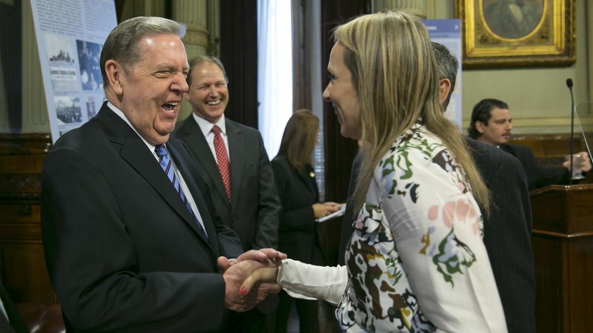 Elder Holland greeting panal