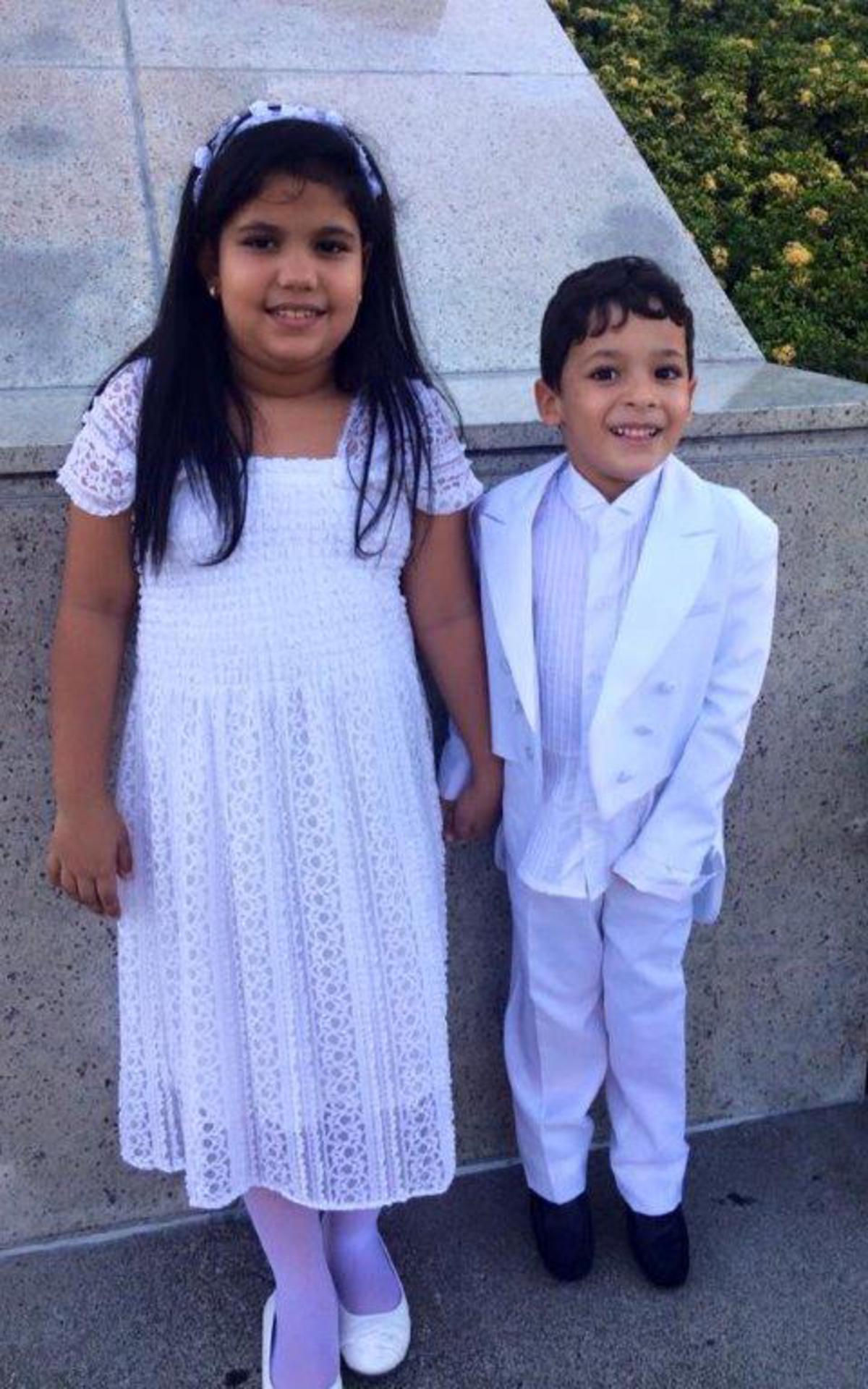 Angelica y Jorge el dia del sellamiento con sus padres.jpg