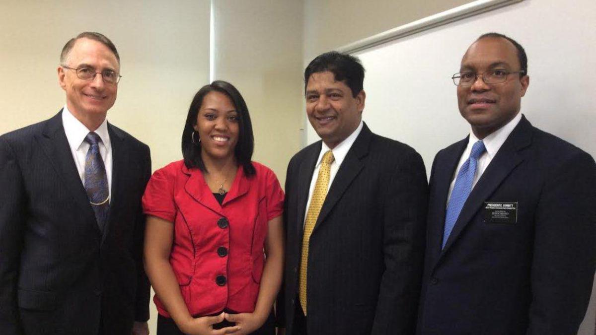 Andrea Jardin, Elder Claudio D. Zivic, Presidente Rufino J. Diaz y el Presidente Corbish.jpg