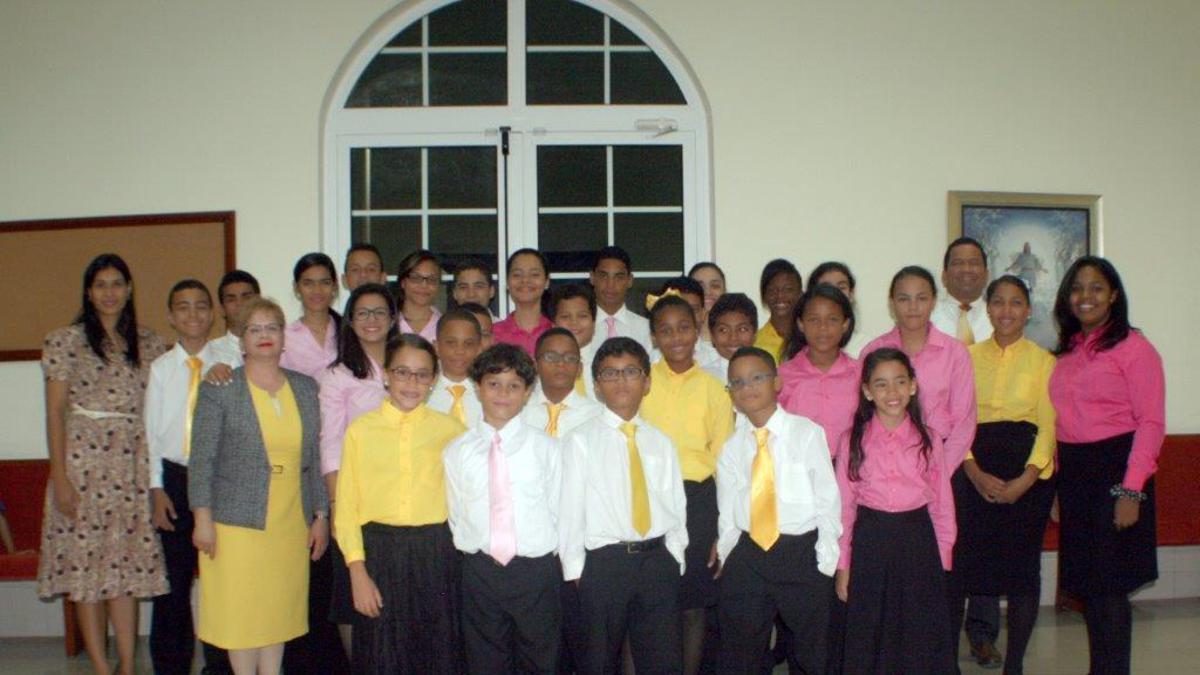 Coro de Campanas Jóvenes de Sion RD