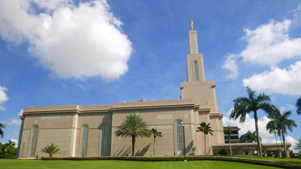 En los templos encontramos respuestas a nuestras oraciones, guía y paz