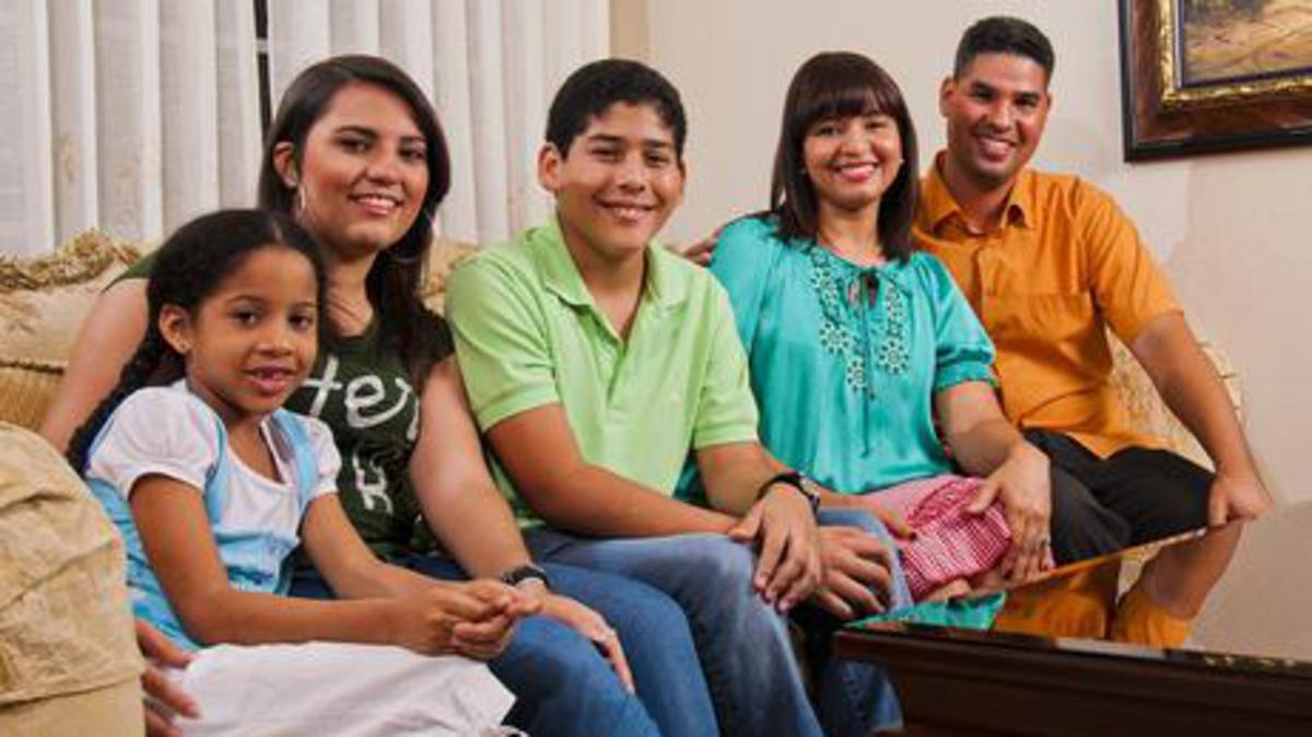 La Iglesia desarrolla recursos para fortalecer la familia y el hogar