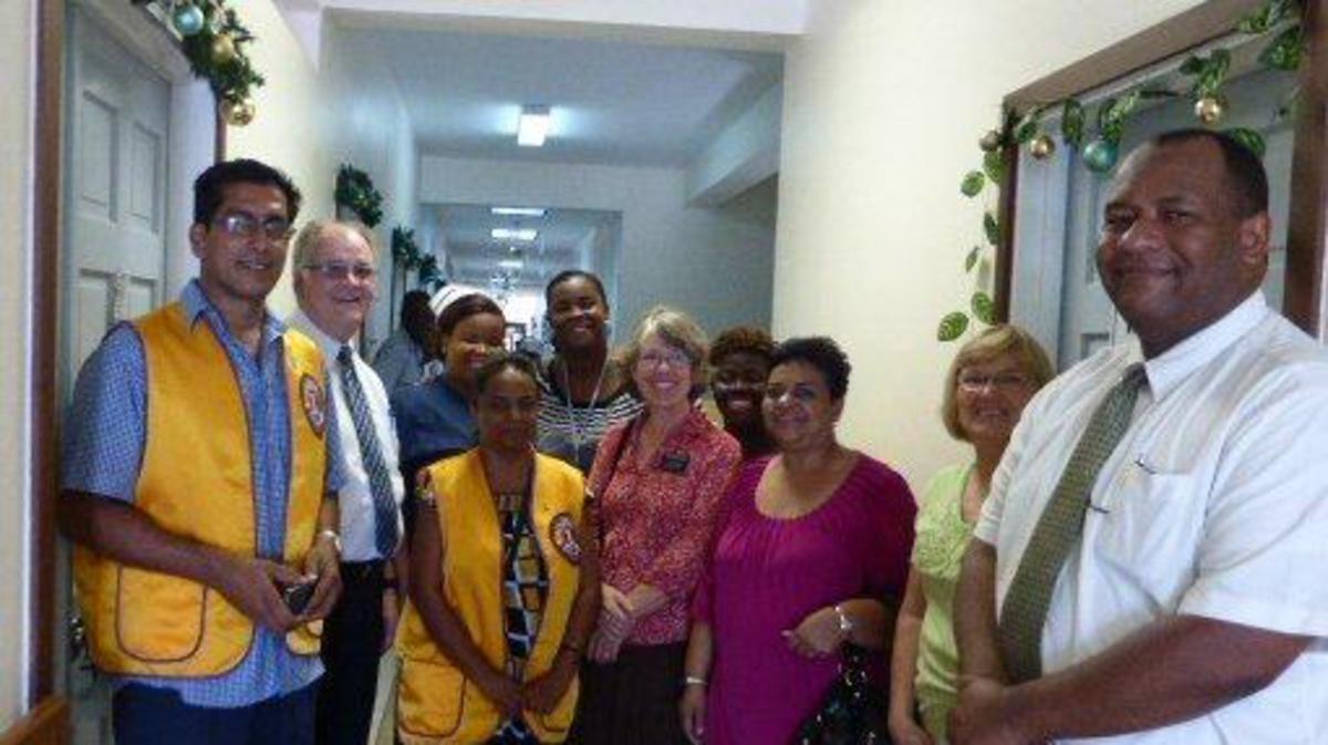 Guyana 2, Donacion para la Universidad