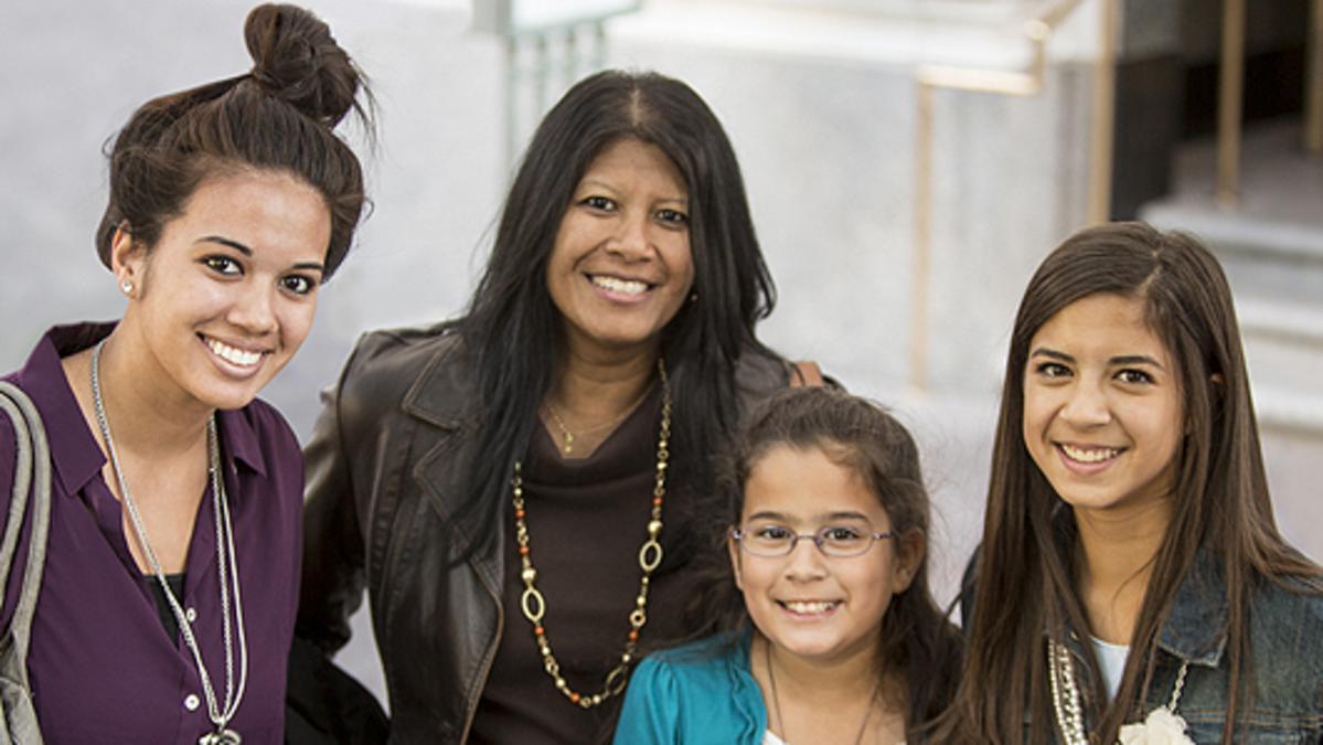 Reunión General de Mujeres: Disfrutar el espíritu de hermandad mundial