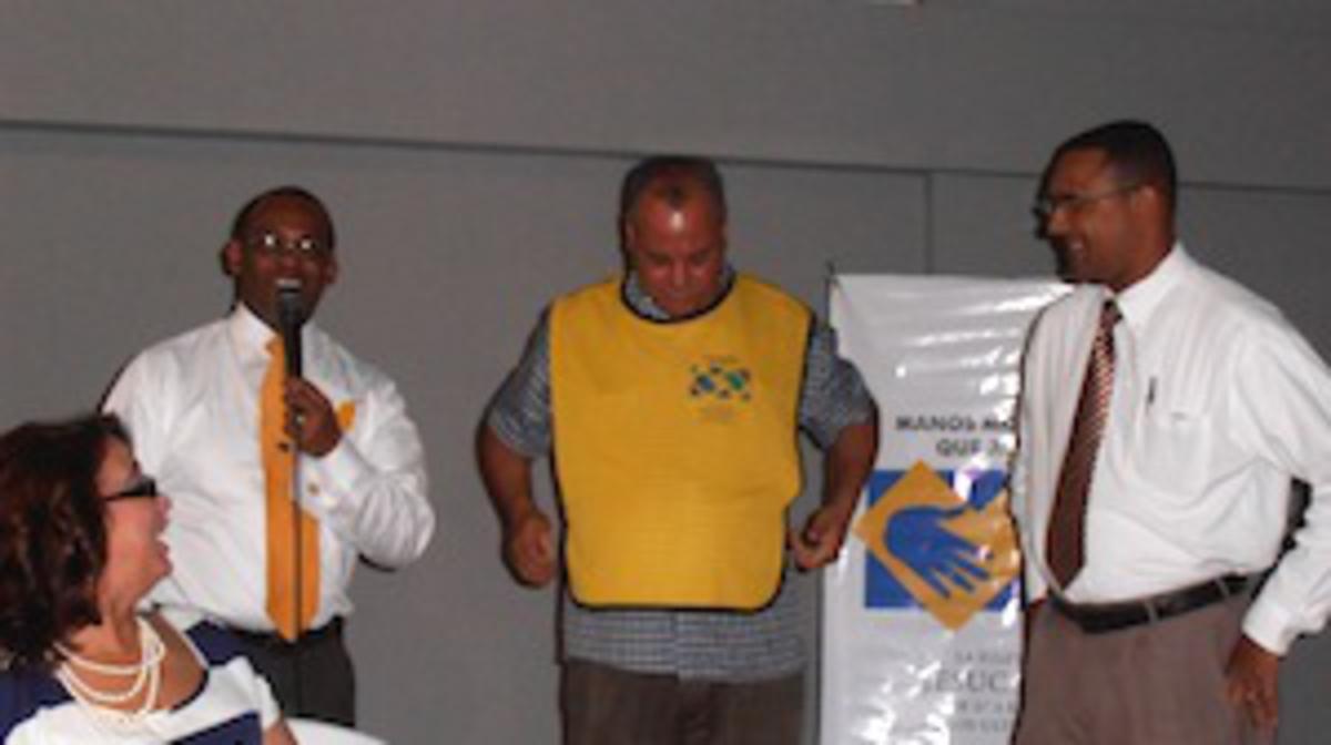 Iglesia Se Coloca a la Cabeza de la Comunidad en un Encuentro con CODOSUR