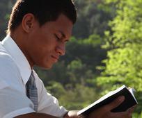 Trinidad reading x370.jpg