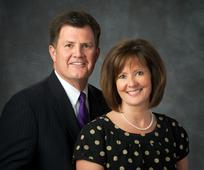 Presidente y Hermana Smartt