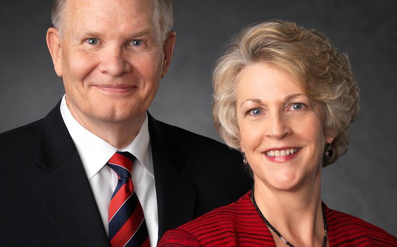 Уже доступна трансляция со старейшиной и сестрой Ренланд