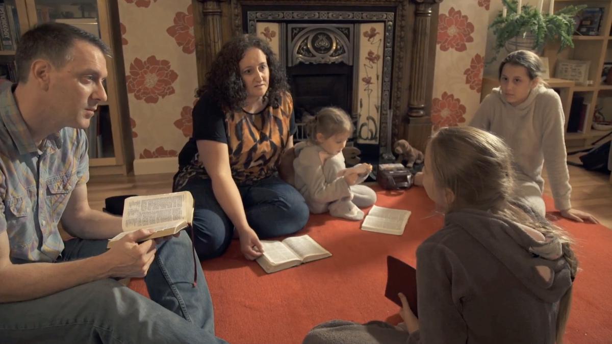 Дом - это центр изучения Евангелия (семья Дункансон)