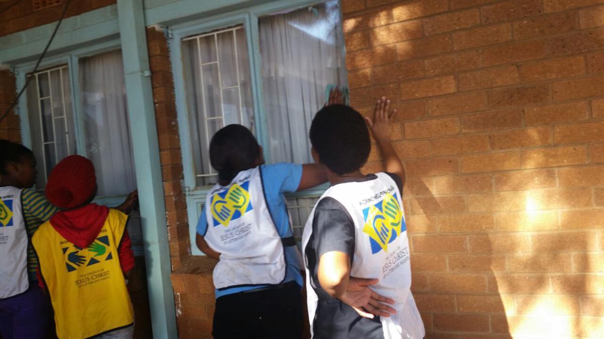 Khutsong Ward Helping Hands