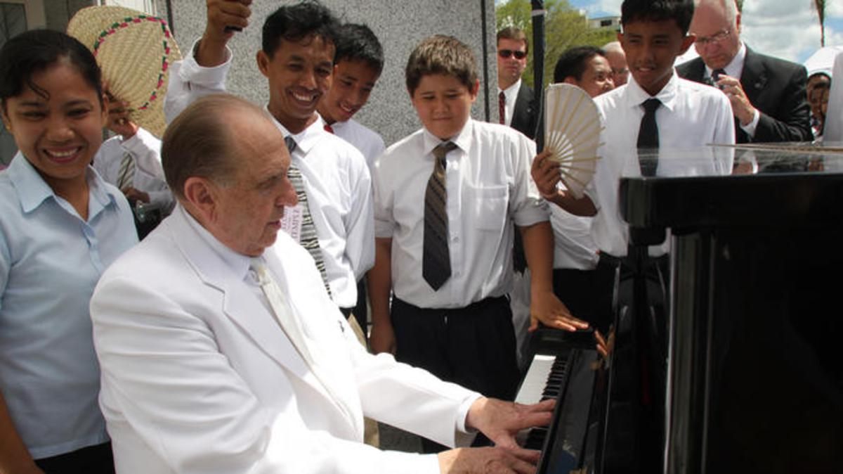Quiz: How Much do you Know About President Monson?
