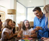 portugal-families-family-life-games_1556476_inl.jpg