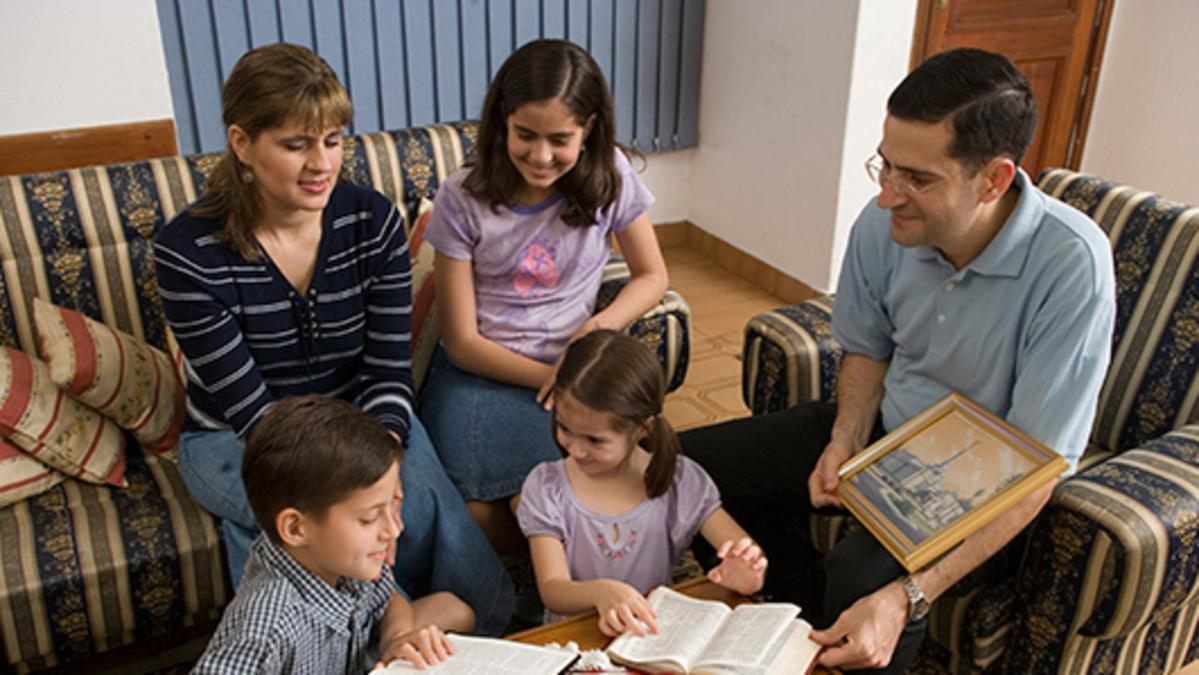 """5 Ways to Create """"Golden Teaching Moments"""""""