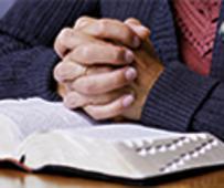 scriptures-pray-study-1059785.jpg