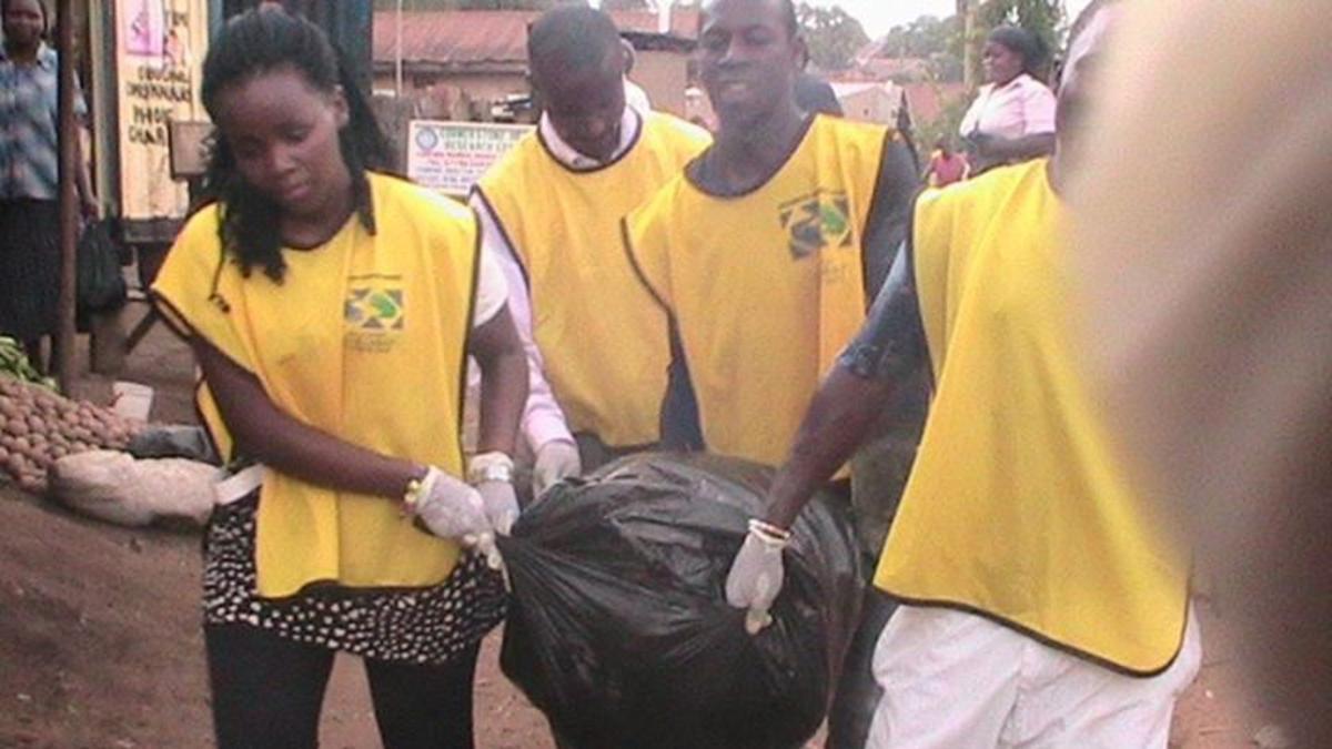 Uganda Helping Hands