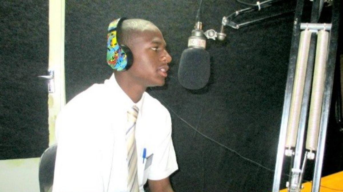 Using the Radio to Share the Gospel