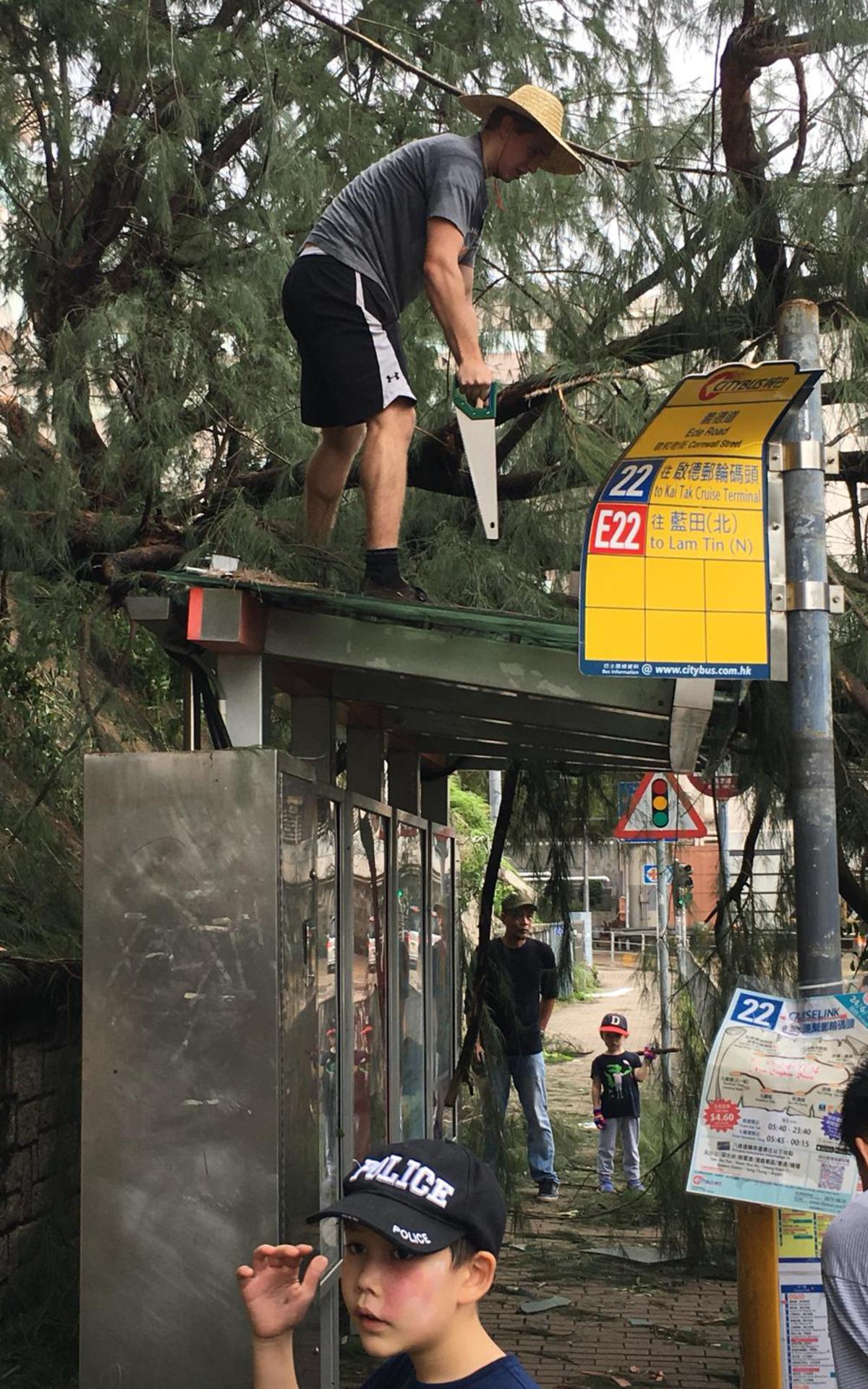 颱風山竹: 傳教士在全港提供服務8