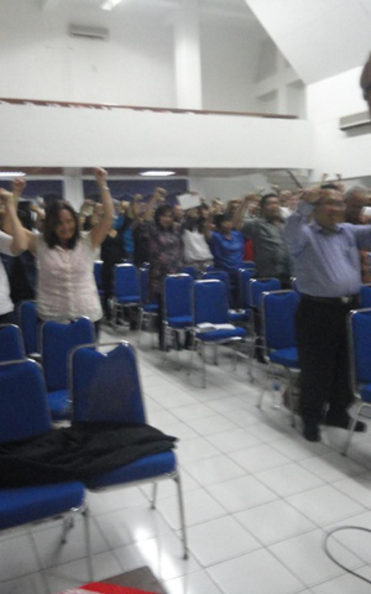Salah satu kegiatan di dalam seminar