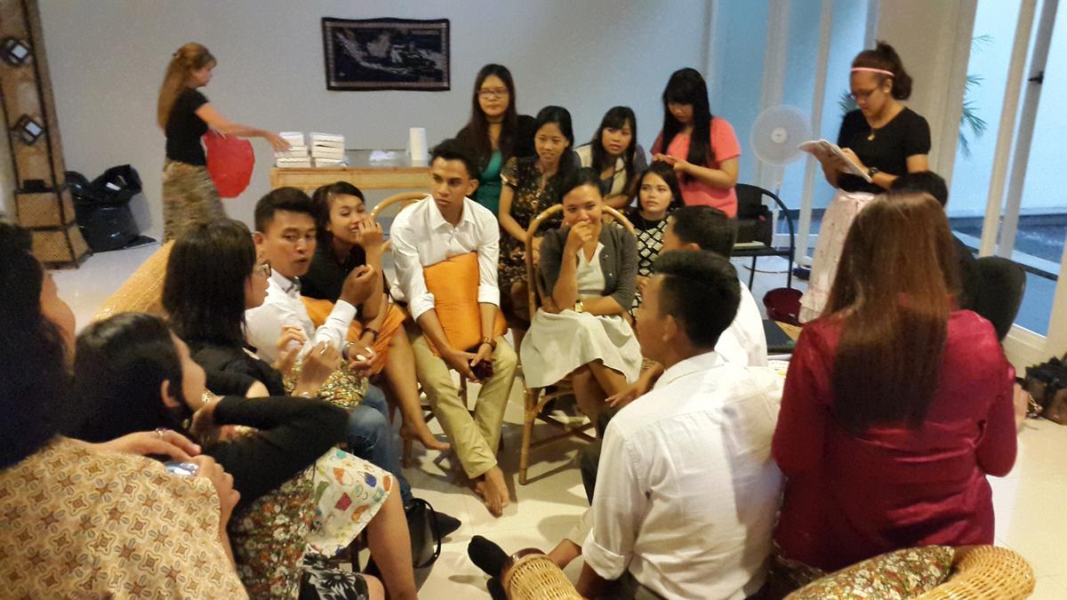 Konferensi Dewasa Lajang Muda Distrik Surabaya