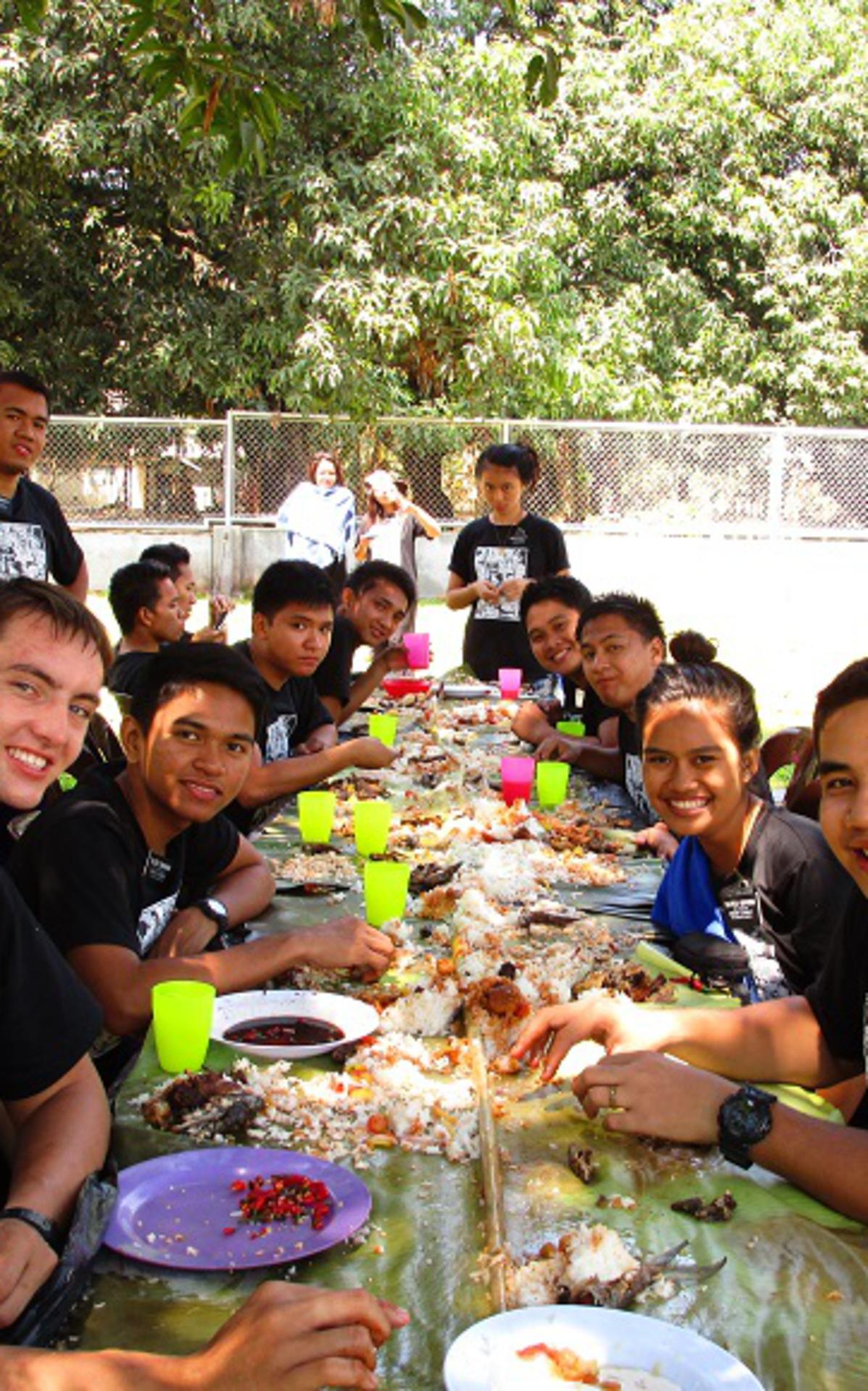 Boodle Fight with Calasiao Zone for one of my Zone Activities in the Mission..JPG