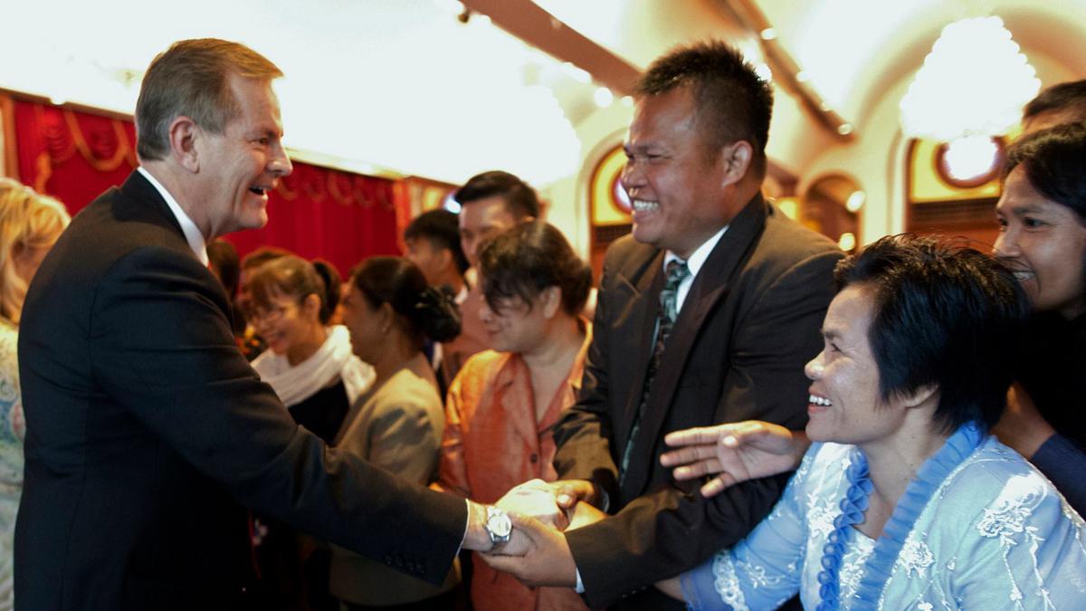 เอ็ลเดอร์สตีเวนสันร่วมฉลอง 50 ปีพระกิตติคุณในประเทศไทย