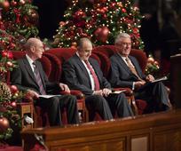 การประชุมให้ข้อคิดทางวิญญาณเนื่องในเทศกาลคริสต์มาส 2013
