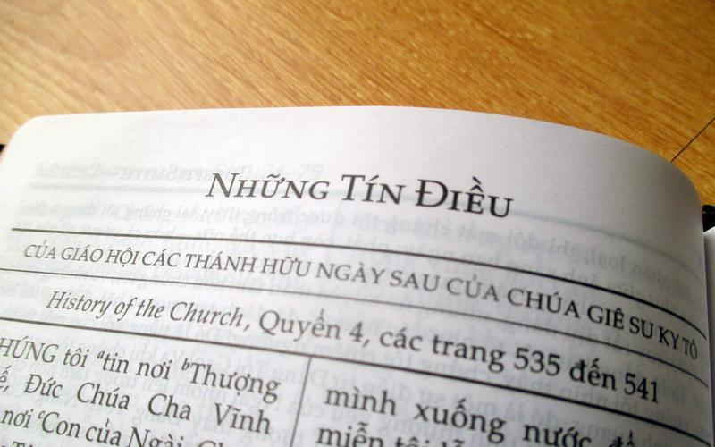 08-The_Articles_of_Faith-viet.jpg
